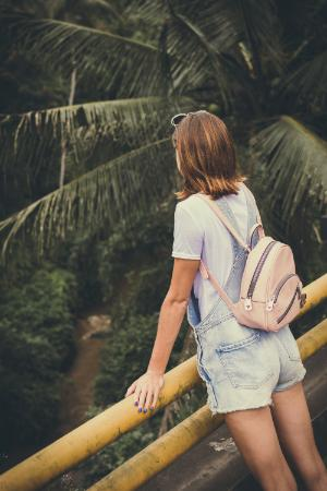 best-backpacks-for-women-featured