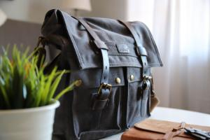 mens-bags-featured
