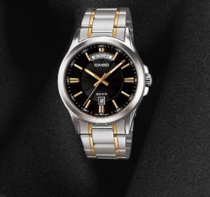 best-mens-watches-under-4000-editor